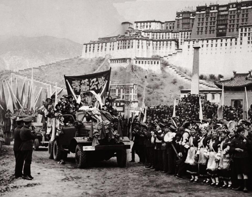 8_china-tibet_hwy_finis